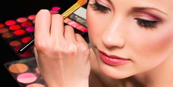 Truques básicos de maquiagem