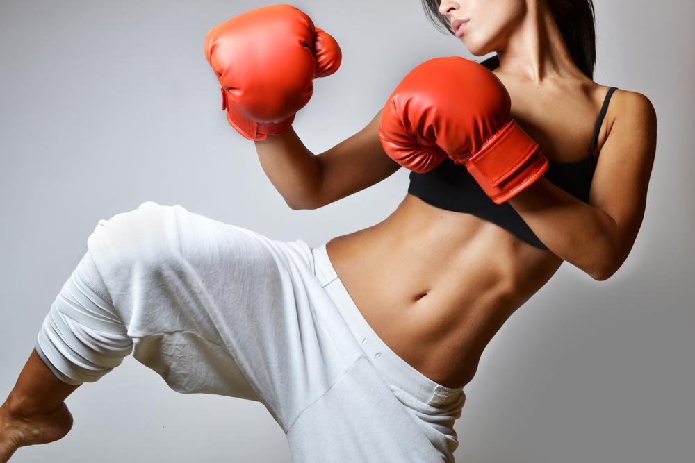 Muay thai feminino: quais os benefícios pro corpo? (Foto: Divulgação)