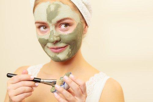 Máscara para o rosto para tirar manchas