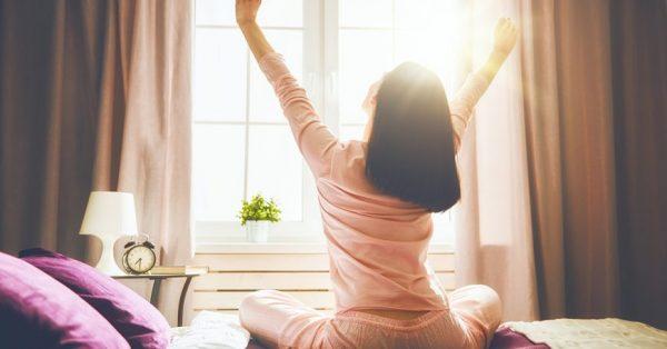 Como acordar mais cedo com disposição